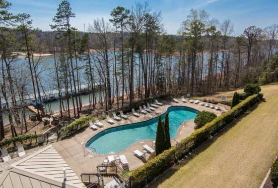 condos for sale on lake hartwell