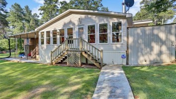 1110 Pine Lake Drive, Townville, South Carolina 29689, 3 Bedrooms Bedrooms, ,2 BathroomsBathrooms,Residential,For Sale,Pine Lake,20204184