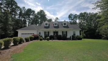 209 Wakefield Drive, Seneca, South Carolina 29678, 3 Bedrooms Bedrooms, ,2 BathroomsBathrooms,Residential,For Sale,Wakefield,20206266