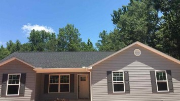 202 Exeter Court, Anderson, South Carolina 29621, 3 Bedrooms Bedrooms, ,2 BathroomsBathrooms,Residential,For Sale,Exeter,20189085