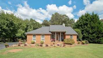 106 Streater Lane, Anderson, SC 29625, 3 Bedrooms Bedrooms, ,2 BathroomsBathrooms,Residential,For Sale,Streater,20208703
