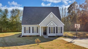 128 Hurst Avenue, Anderson, SC 29625, 3 Bedrooms Bedrooms, ,2 BathroomsBathrooms,Residential,For Sale,Hurst,20210341