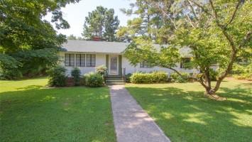 10 Calhoun Street, Williamston, SC 29697, 3 Bedrooms Bedrooms, ,2 BathroomsBathrooms,Residential,For Sale,Calhoun,20221135