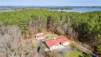 213 Shenandoah Road, Townville, SC 29689, 3 Bedrooms Bedrooms, ,2 BathroomsBathrooms,Residential,For Sale,Shenandoah,20224573