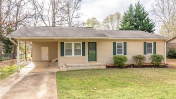 2410 Old Williamston Road, Anderson, SC 29621, 3 Bedrooms Bedrooms, ,2 BathroomsBathrooms,Residential,For Sale,Old Williamston,20226961