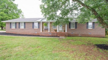 103 San Mateo Drive, Anderson, SC 29625, 3 Bedrooms Bedrooms, ,2 BathroomsBathrooms,Residential,For Sale,San Mateo,20228341