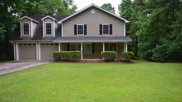 273 Watersedge Drive Drive, Hartwell, GA 30643, 5 Bedrooms Bedrooms, ,4 BathroomsBathrooms,Residential,For Sale,Watersedge Drive,20228828