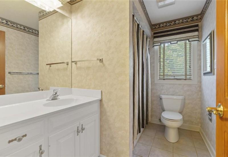 18 Muskhogean Road, Fair Play, SC 29643, 3 Bedrooms Bedrooms, ,4 BathroomsBathrooms,Residential,For Sale,Muskhogean,20232369