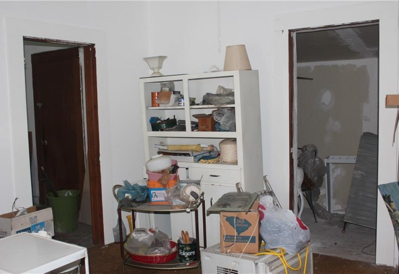 104 Branch Street, Walhalla, SC 29691, 1 Bedroom Bedrooms, ,1 BathroomBathrooms,Residential,For Sale,Branch,20234824